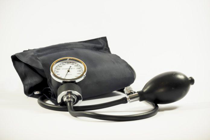 Wysokie ciśnienie krwi – objawy i leczenie