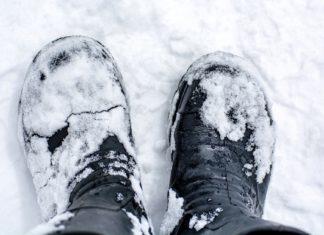 Jak oczyścić buty z soli?