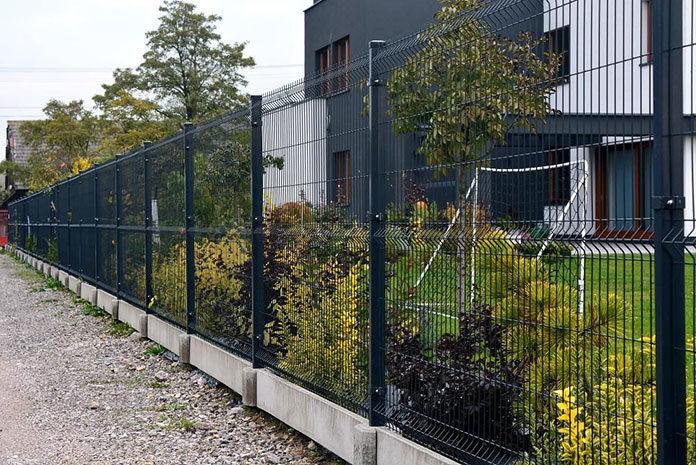 Młodzieńczy Montaż ogrodzenia panelowego z podmurówką – instrukcja | Gdansk4u.pl FL12