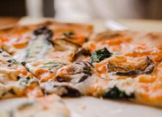 Wyście z dzieckiem do restauracji – czy musi skończyć się katastrofą?