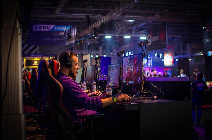 Fotele gamingowe - jak wybrać najlepszy fotel dla gracza?