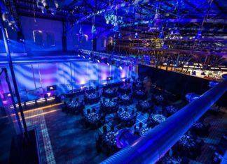 Przepis na udaną imprezę firmową. Jak zorganizować profesjonalny event?