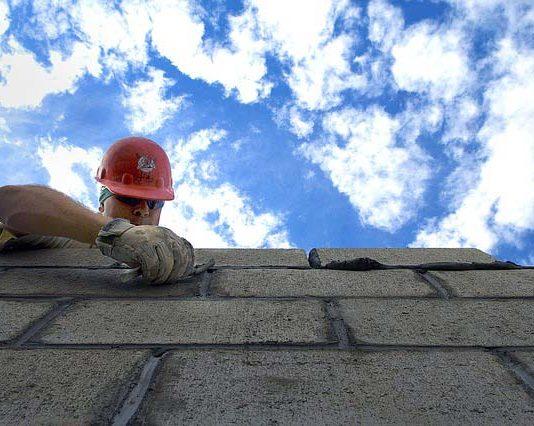 Budowa domu. Najlepszy materiał na ściany wewnętrzne i zewnętrzne