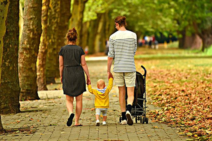 Na co zwrócić uwagę kupując wózek dziecięcy?