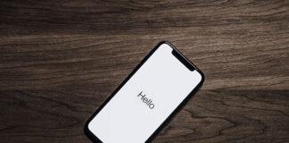Jak sformatować smartfona przez komputer