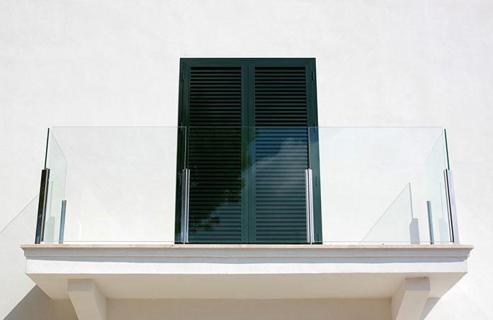 Czy warto budować dom z balkonem?