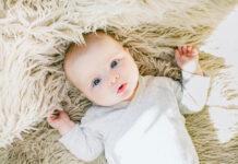 W co ubierać niemowlaka zimą