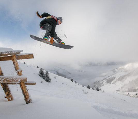 Niezbędny sprzęt dla początkującego snowboardera