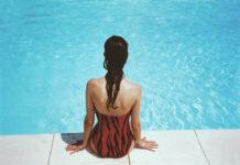 Piękno kostiumu kąpielowego