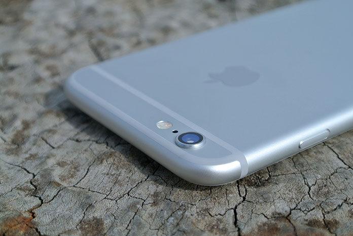 Spersonalizuj swój iPhone XS dzięki wyjątkowemu etui!