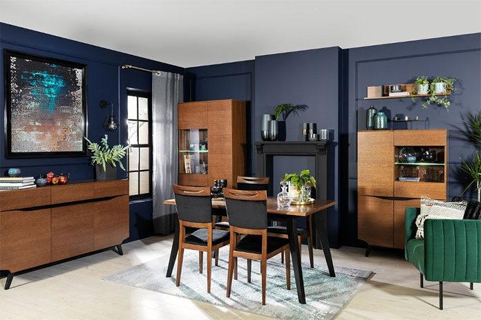Witryny w salonie. 4 stylowe aranżacje