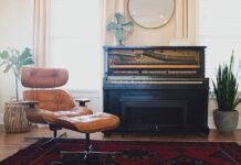 Jak wybrać fotel i podnóżek do salonu