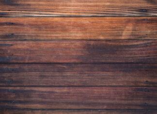 Jaki środek wybrać do malowania drewna