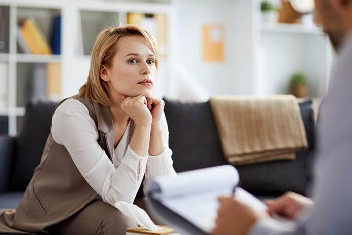 Kiedy warto rozważyć skorzystanie z konsultacji psychologicznych dla dorosłych
