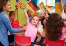 Kiedy dziecko powinno zacząć uczyć się języka obcego